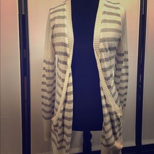 Xhilaration Gray & Ivory Long Pocket Cardigan XXL